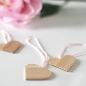 Popsicle Stick Hearts from Amy at Bead Bash