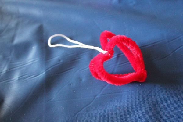 attach string