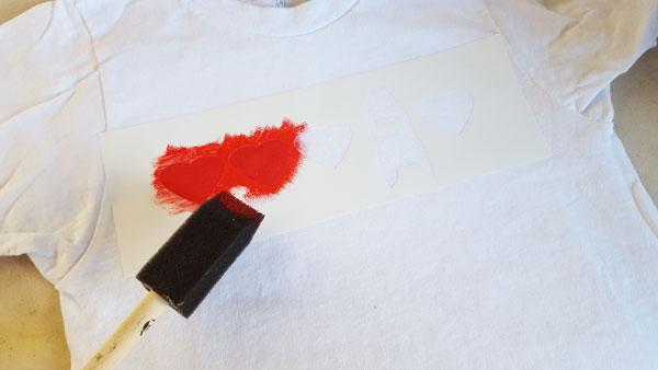 apply fabric ink