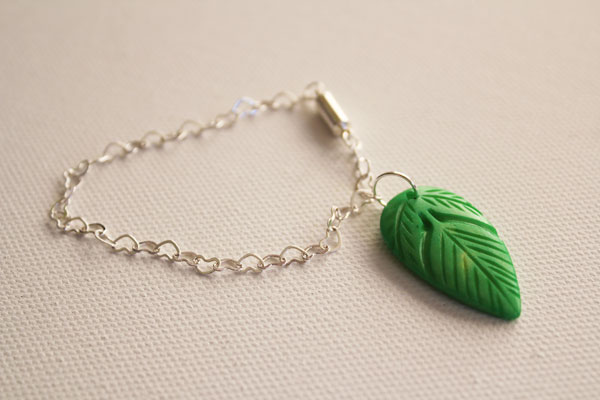 attach leaf bead