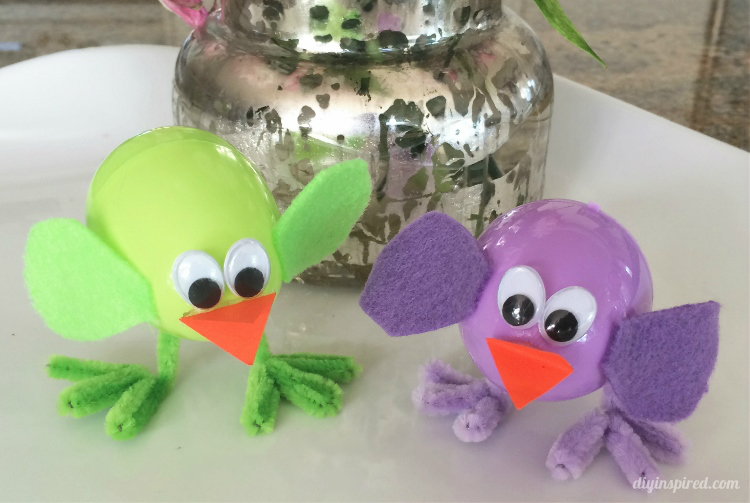 cl2-Plastic-Easter-Egg-Chicks-Craft