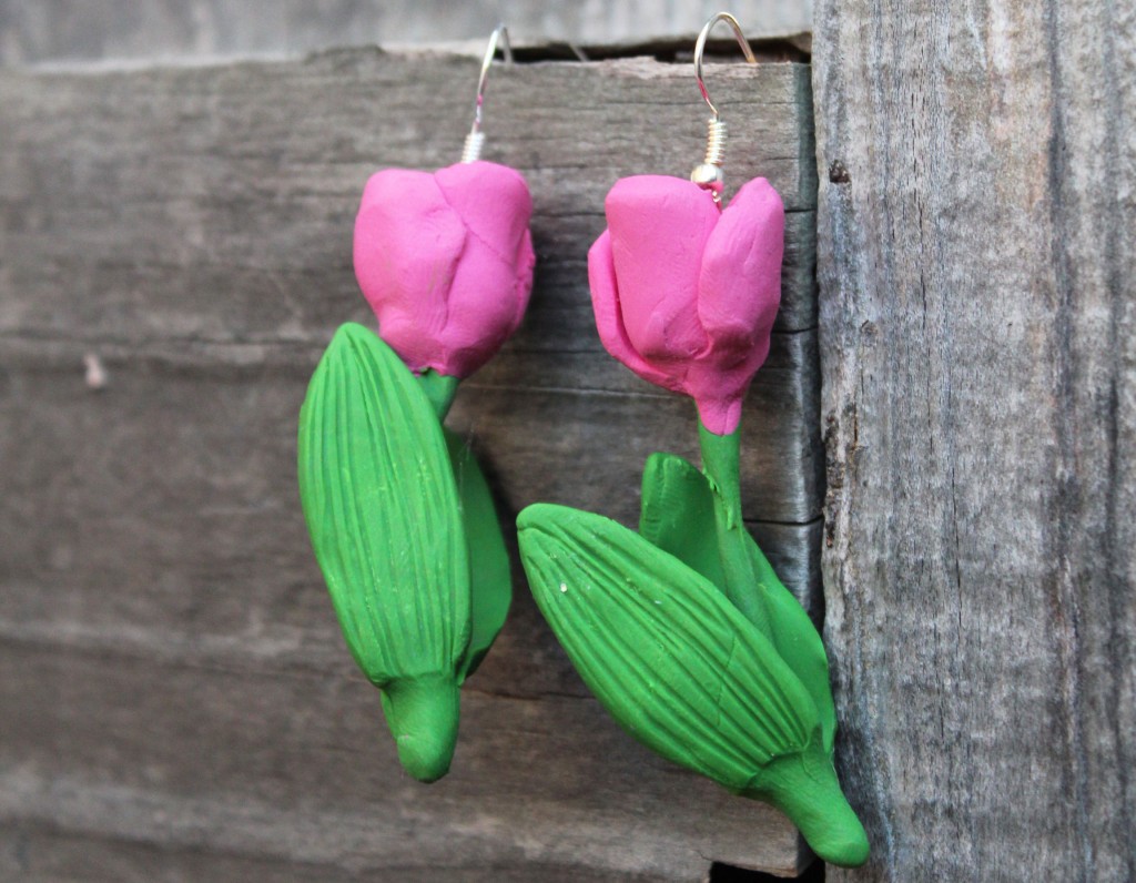 finished tulip earrings