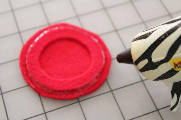 glue around ring