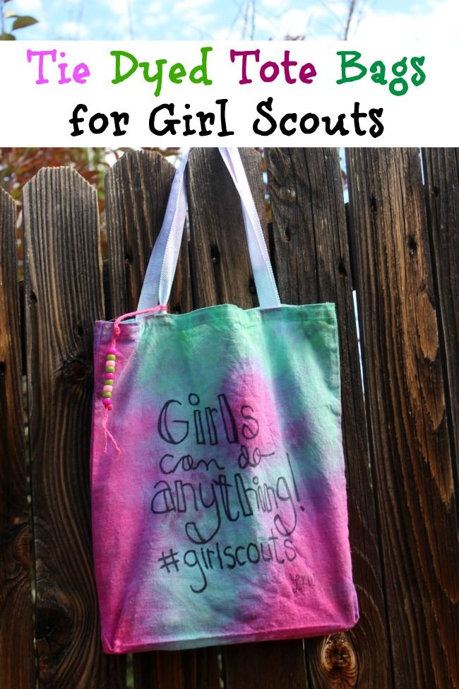 Tie-Dyed-Tote-Bags-for-Girl-Scouts