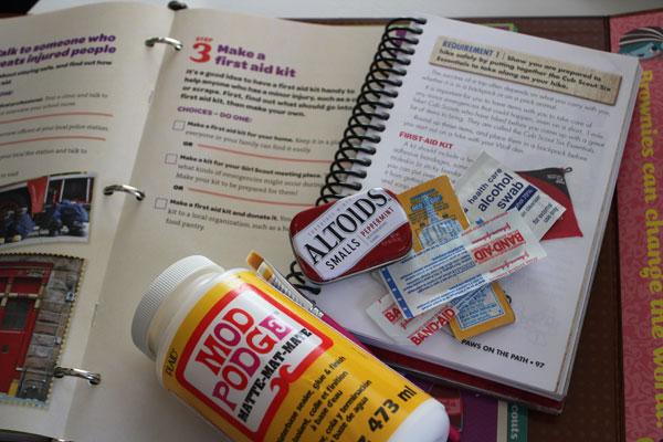 Supplies for mini tin first aid kit