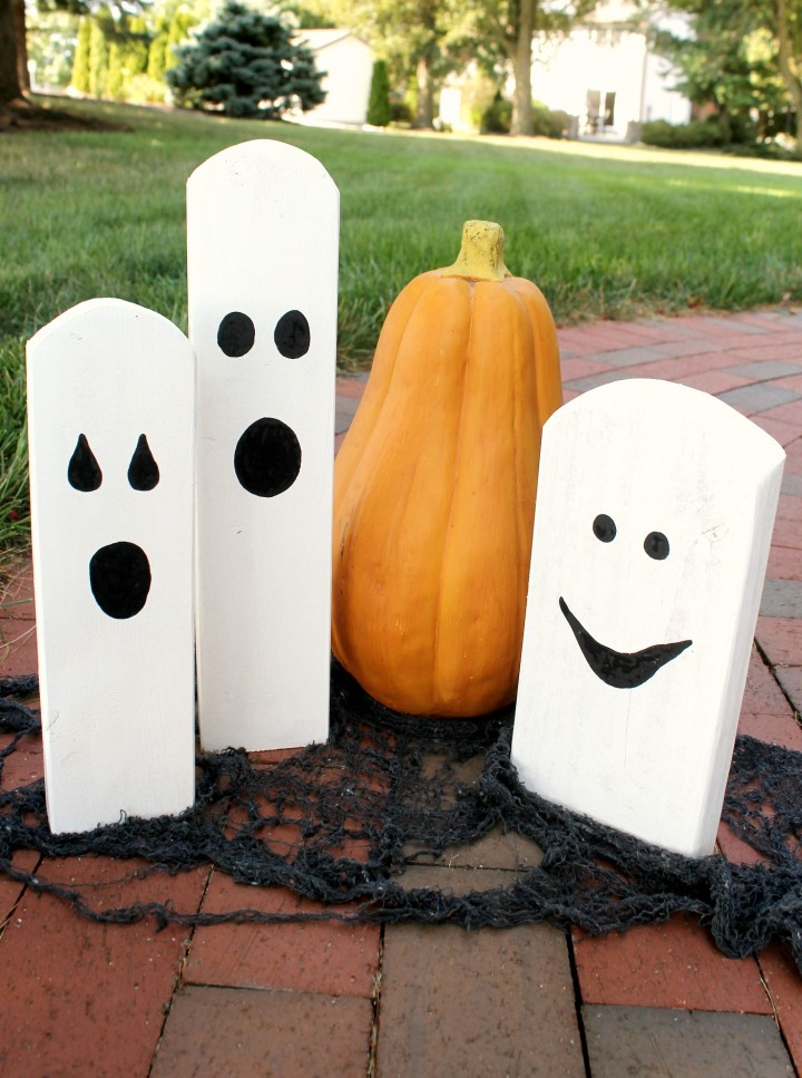 wood-scrap-halloween-ghosts-720x967