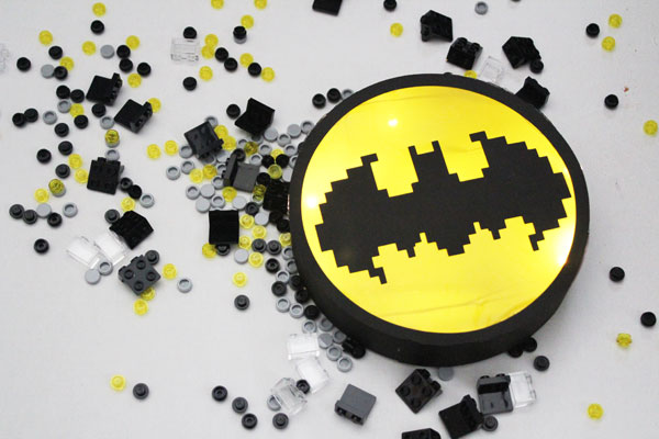 Finishe Lego Batman Movie Bat Signal