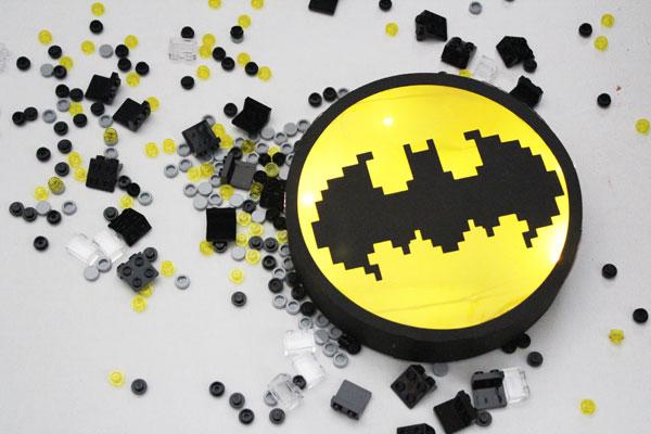 Finishe Lego Batman Movie Bat Signal