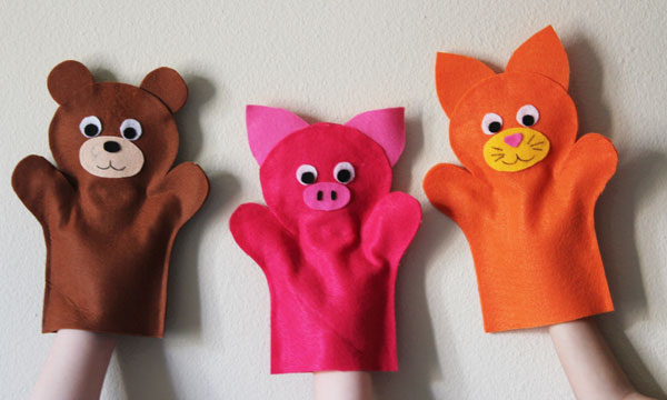 felt puppes are easy to make and fun to play with