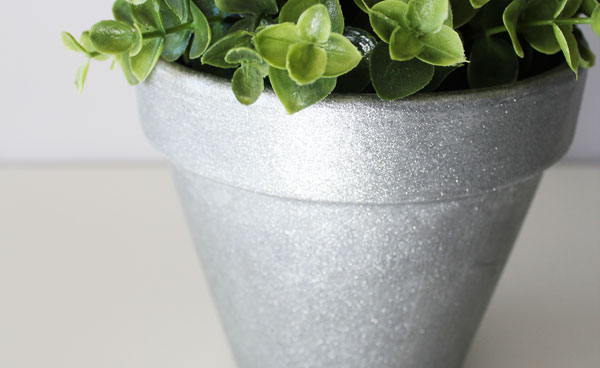 finished glittered pot