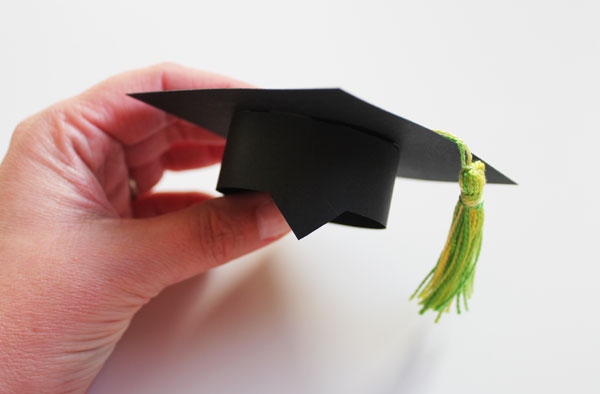 finished mini mortarboard